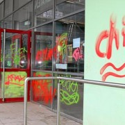 Graffiti am Fenster